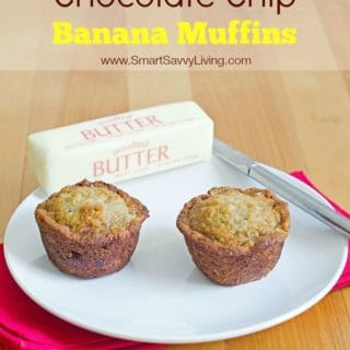 new-chocolate-chip-banana-muffins-long with text