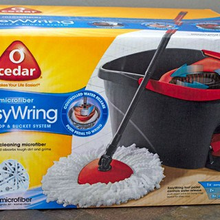 O-Cedar EasyWring Spin Mop Review