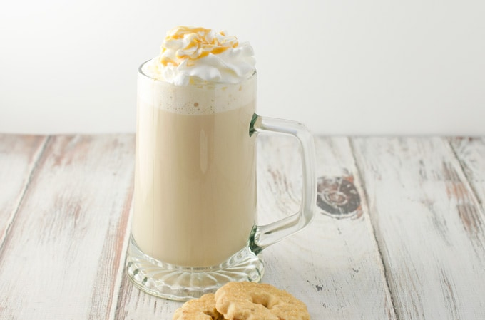 Salted-caramel-white-chocolate-mocha-recipe