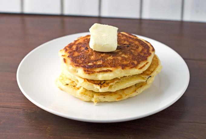 Fluffy Blueberry Buttermilk Pancakes Recipe