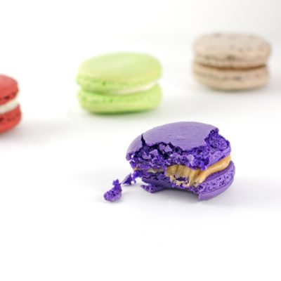 Dana's Bakery Macarons Review