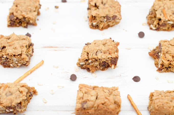 Oatmeal Chocolate Chip Pretzel Bars Recipe