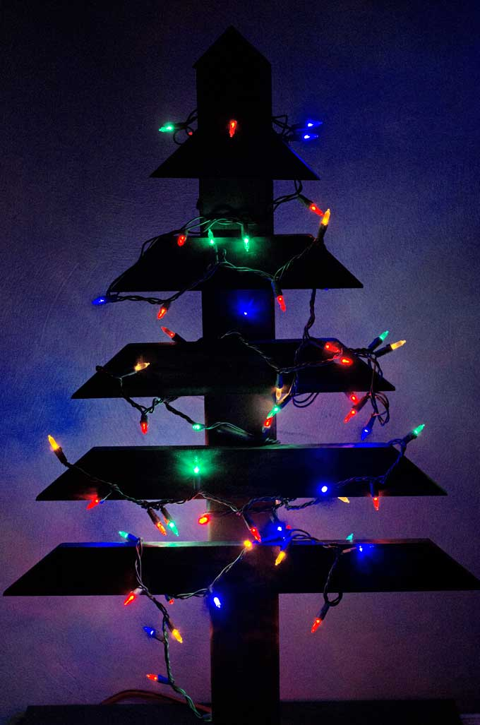 diy-wood-christmas-tree-lights-off