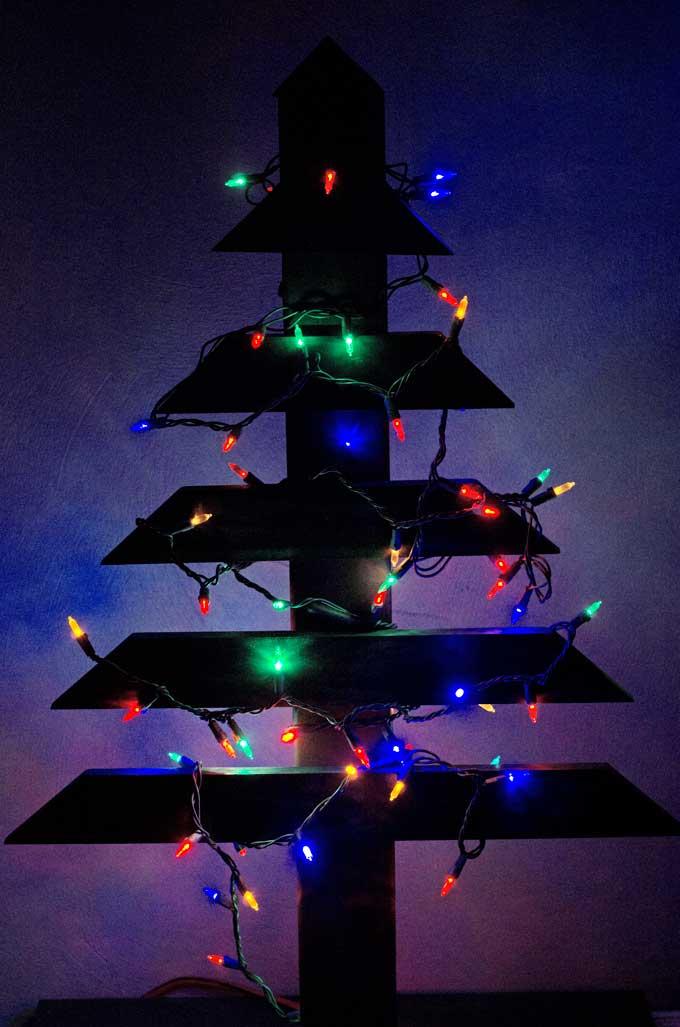 diy-wood-christmas-tree-lights-off